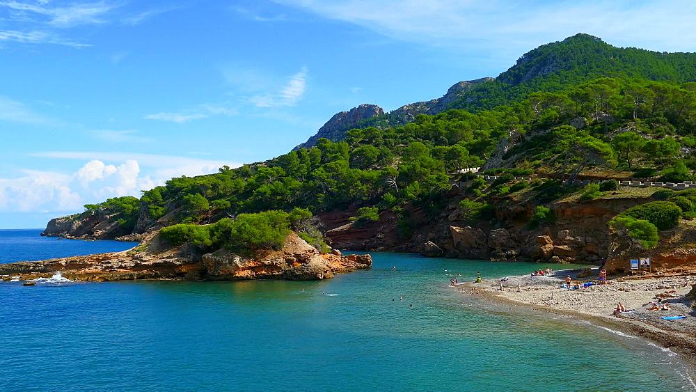 View from Punta Larga with the Island S'Illot across the Bay of Pollenca towards Cap de Formentor, Alcudia, Victoria Peninsula, Mallorca, Balearic Islands, Spain, Mediterranean, Europe