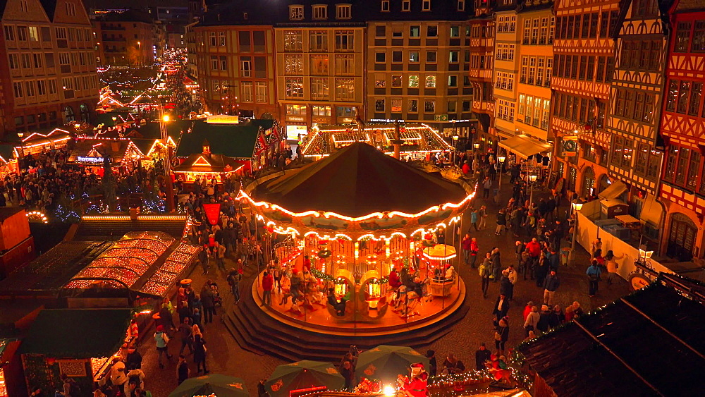 Christmas market at Roemer Square, Frankfurt, Main, Hesse, Germany