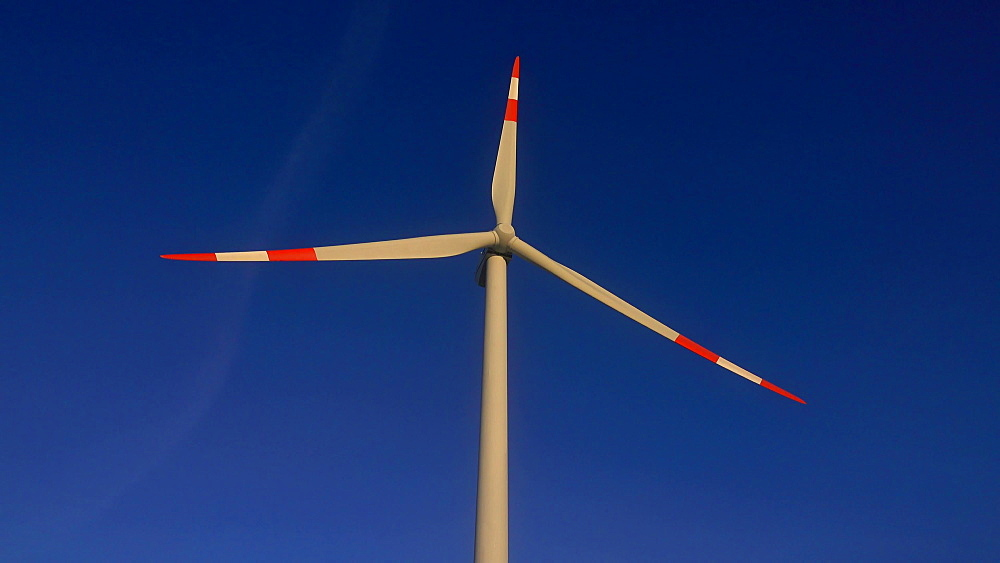 Wind turbine, Saargau near Kirf, Rhineland Palatinate, Germany, Europe