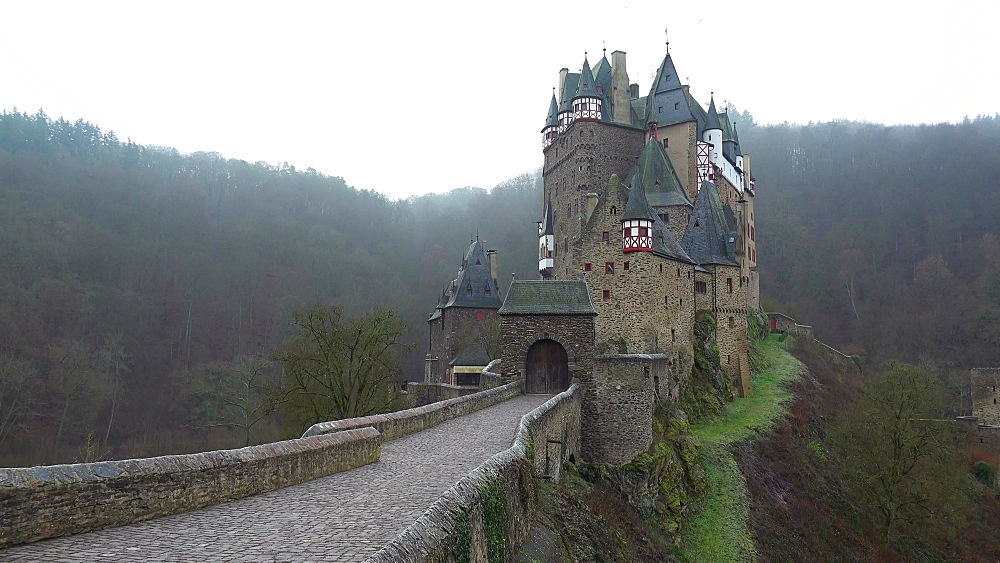 Eltz Castle, Eifel, Rhineland-Palatinate, Germany, Europe