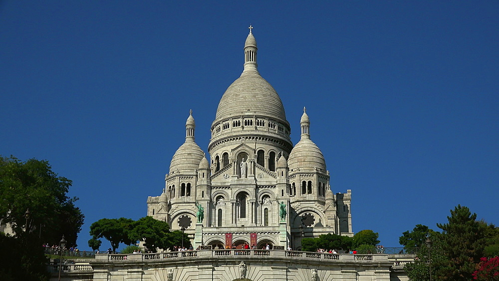 Sacre Coeur Basilica on Montmartre, Paris, France, Europe - 396-5839