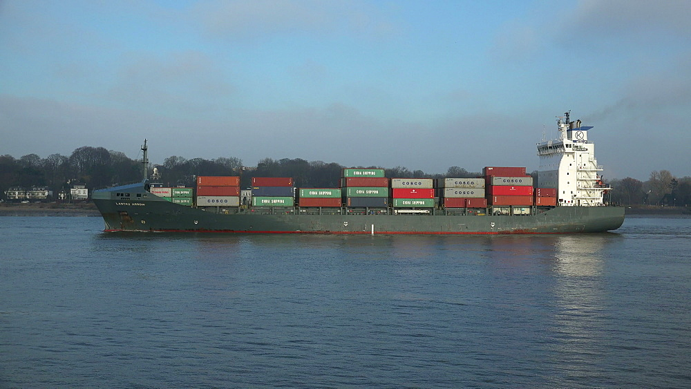Container vessel on Elbe River near Hamburg-Finkenwerder, Germany, Europe - 396-6077