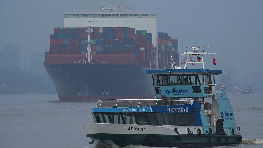 Container vessel on Elbe river near Hamburg-Finkenwerder, Germany - 396-6080