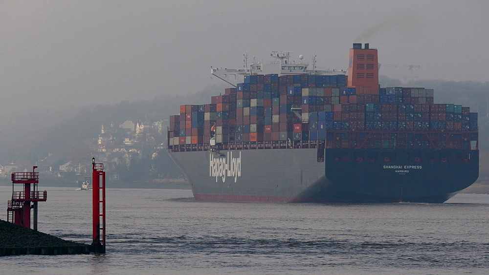 Container vessel on Elbe River near Hamburg-Finkenwerder, Germany, Europe - 396-6087