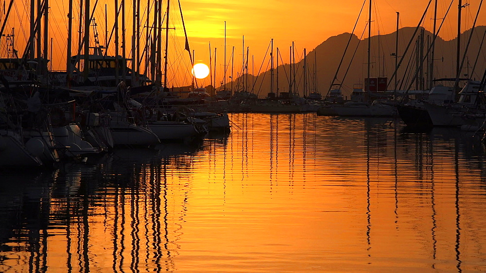 Morning light at the bay of Puerto Pollenca, Majorca, Balearic Islands, Spain, Mediterranean, Europe - 396-6103