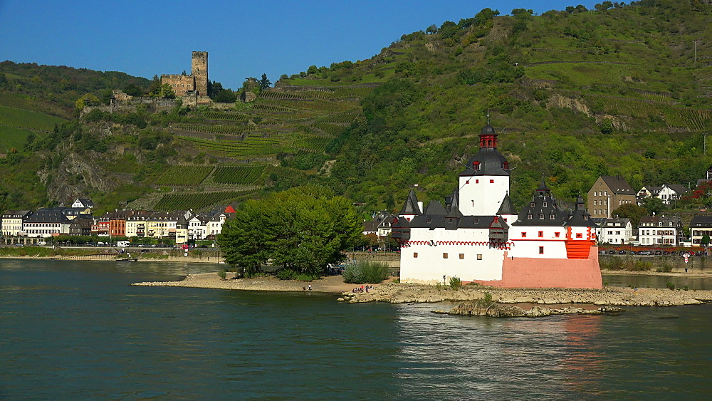 Rhine River with Pfalzgrafenstein Castle and Gutenfels Castle, Kaub, Rhineland-Palatinate, Germany, Europe - 396-6348