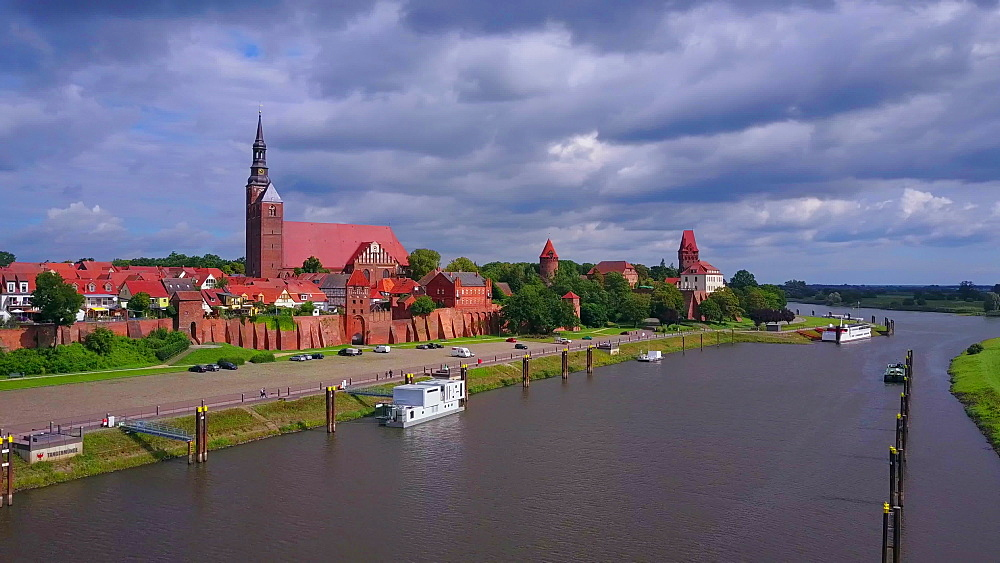 Aerial view of the old town of Tangermnde with church St. Stephen and castle, Elbe River, Saxony-Anhalt, Germany - 396-8757
