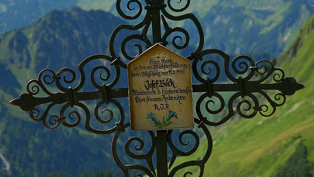 Old cross near Lake Seealpsee at  Nebelhorn Mountain (2224m), Oberstdorf, Allg?u, Swabia, Bavaria, Germany