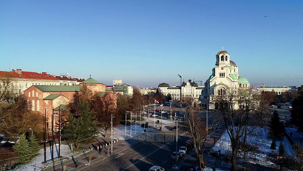 Statues of the Bulgarian volunteer, Saint Sofia Church and Alexander Nevsky Cathedral, Sofia, Bulgaria, Europe