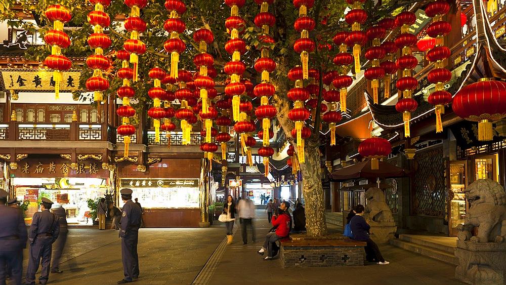 Lanterns hanging in Yuyuan Bazaar district at night, Shanghai, China, Asia, T/Lapse