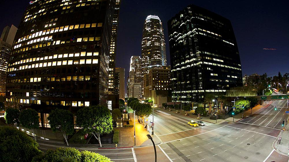 Illuminated intersection Figueroa at Wiltshire, Downtown Los Angeles, California, United States of America, T/lapse
