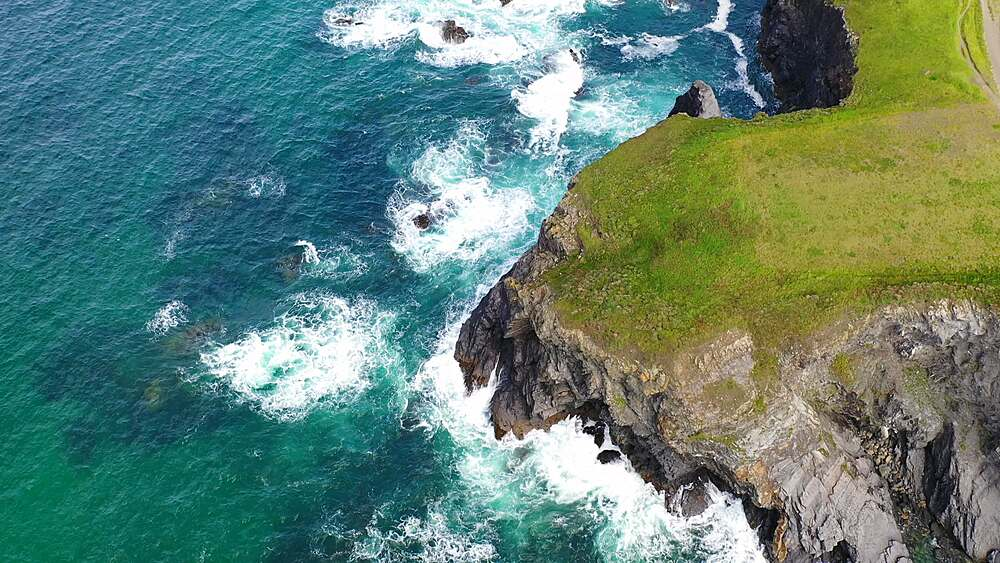 Aerial of dramatic North Cornish coastline near Padstow, Cornwall, England, United Kingdom, Europe - 799-4124