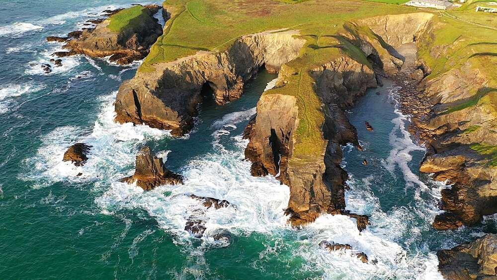 Aerial of dramatic North Cornish coastline near Treyarnon Beach, Cornwall, England, United Kingdom, Europe - 799-4128
