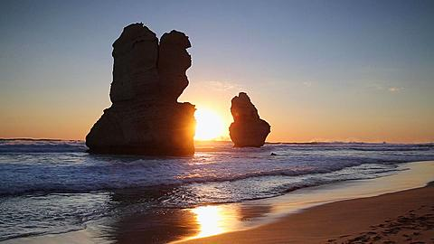 Stacks of Twelve Apostles at sunset, Port Campbell National Park, Great Ocean Road, Victoria, Australia  - 800-2628