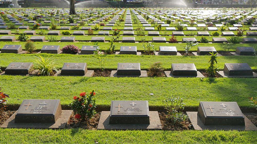 Kanchanaburi War Cemetery, Bangkok, Thailand, South Asia, Asia
