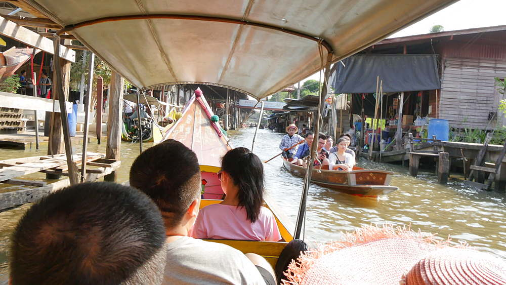 Onboard Canal boat to Damnoen Saduak Floating Markets, Bangkok, Thailand, South Asia, Asia