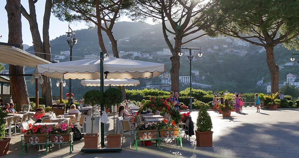 Restaurant in Piazza Duomo, Ravello, Costiera Amalfitana (Amalfi Coast), UNESCO World Heritage Site, Campania, Italy, Europe