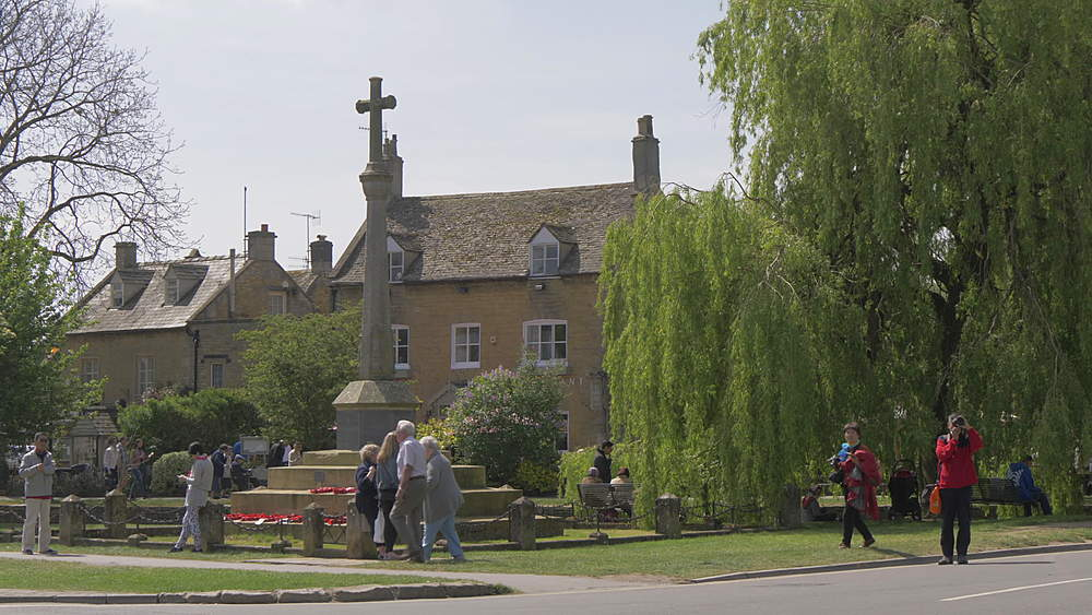 War Memorial on High Street, Bourton on the Water, Cotswolds, Gloucestershire, England, United Kingdom, Europe