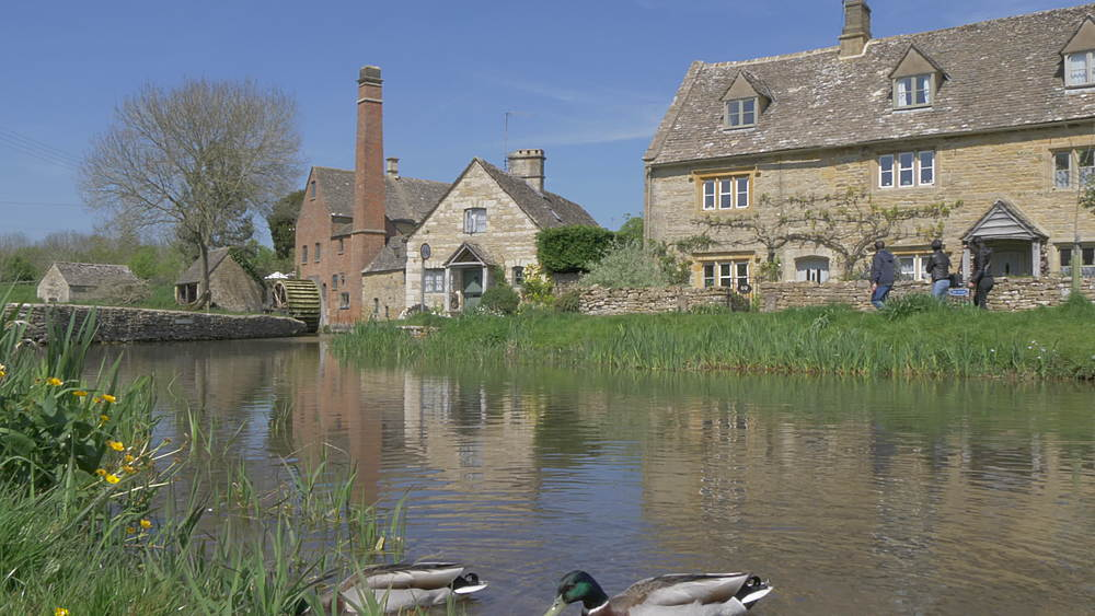 Old Mill Museum and River Eye in Lower Slaughter, Cotswolds, Gloucestershire, England, United Kingdom, Europe