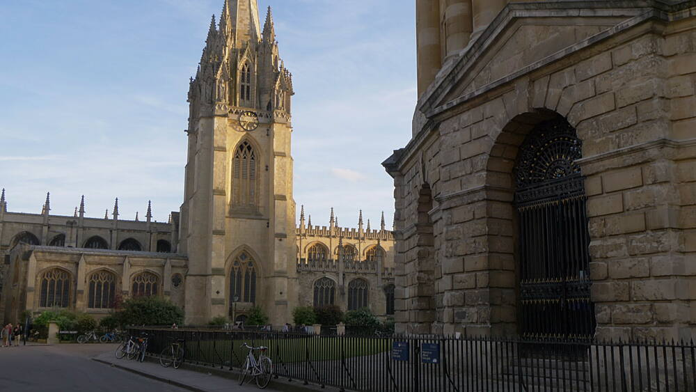 Radcliffe Camera reading library and University Church of St Mary the Virgin, Oxford, Oxfordshire, England, United Kingdom, Europe - 844-14290