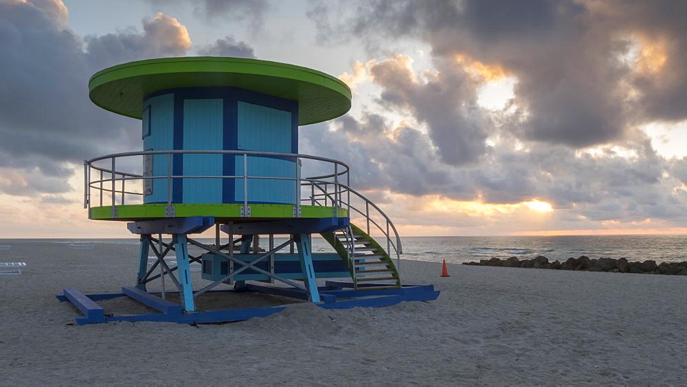 Timelapse of lifeguard station and sunrise on Miami Beach, South Beach, Miami, Florida, USA - 844-14323