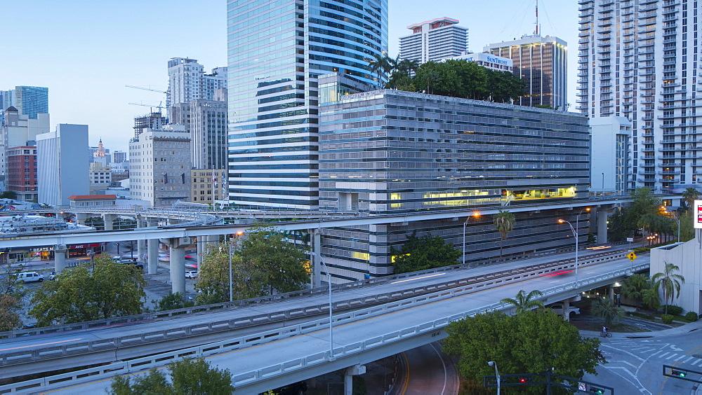 Timelapse of traffic on freeway in Downtown Miami at night, Miami, Florida, USA - 844-14331
