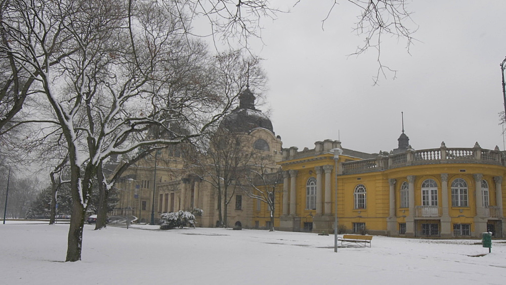 Szechenyi Thermal Baths exterior during winter, Budapest, Hungary, Europe