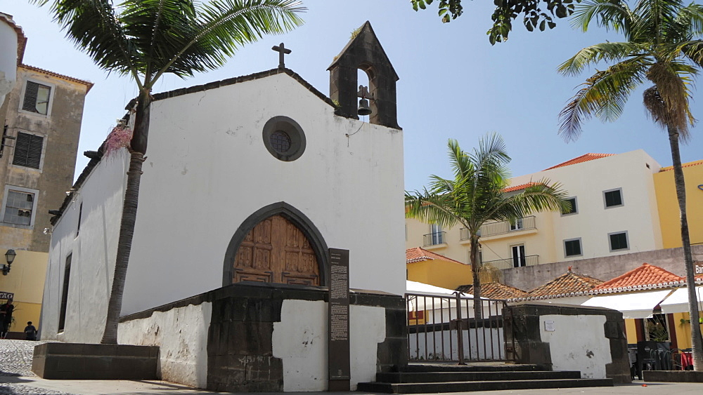 Church in old town square on sunny day in Funchal, Madeira, Portugal, Atlantic, Europe