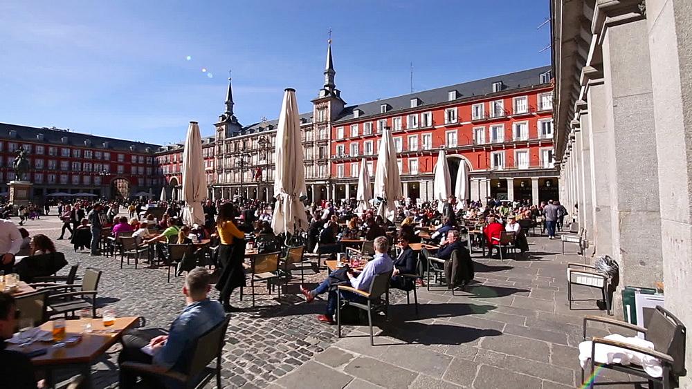 Al Fresco restaurants in Plaza Mayor, Madrid, Spain, Europe