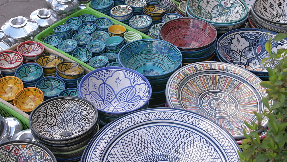 Souvenir pottery for sale in Djemaa el Fna, Morocco, North Africa, Africa - 844-16719