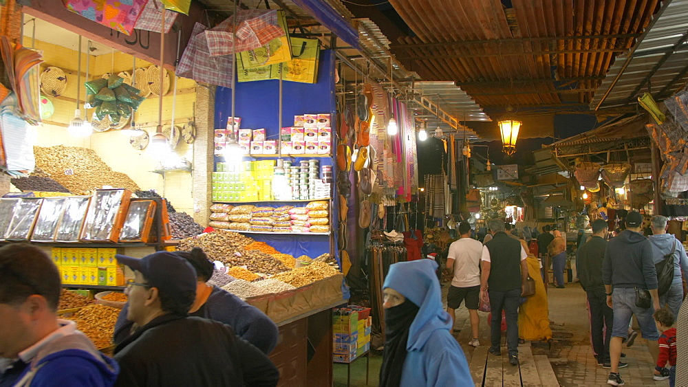 Activity on Djemaa el Fna and medina at dusk, Marrakech, Morocco, North Africa, Africa