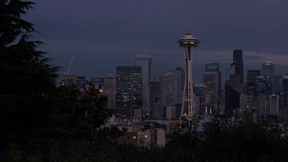 View of Space Needle and Downtown Seattle from Kerry Park at dusk, Queen Ann District, Seattle, Washington, USA, North America - 844-16745