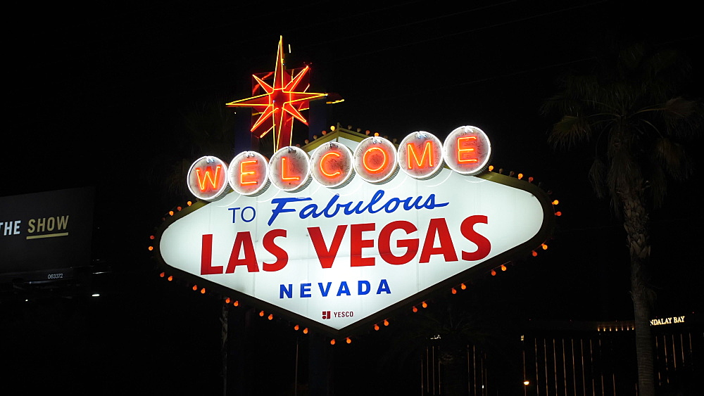 View of Welcome to Fabulous Las Vegas sign on The Strip, Las Vegas Boulevard at night, Las Vegas, Nevada, United States of America, North America