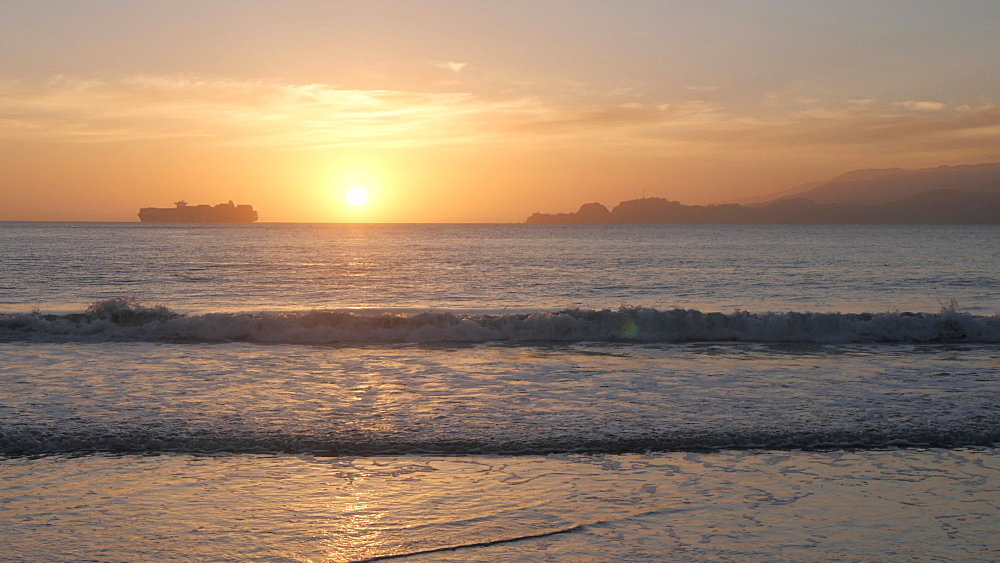 View of sunset over Pacific Ocean from Baker Beach, South Bay, San Francisco, California, United States of America, North America - 844-17522