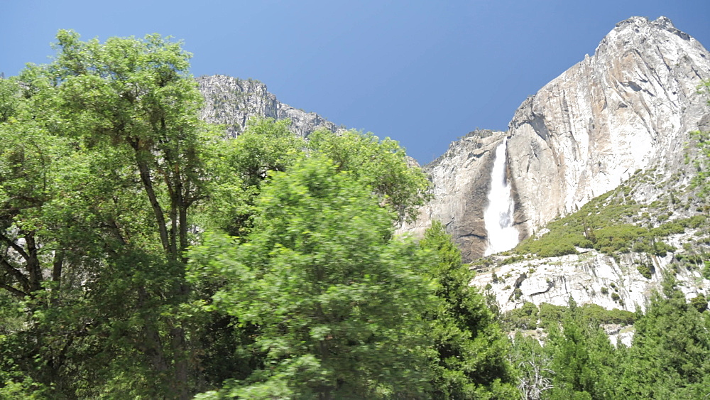 Travelling through Yosemite Valley and Upper Yosemite Falls, Yosemite National Park, UNESCO World Heritage Site, California, United States of America, North America