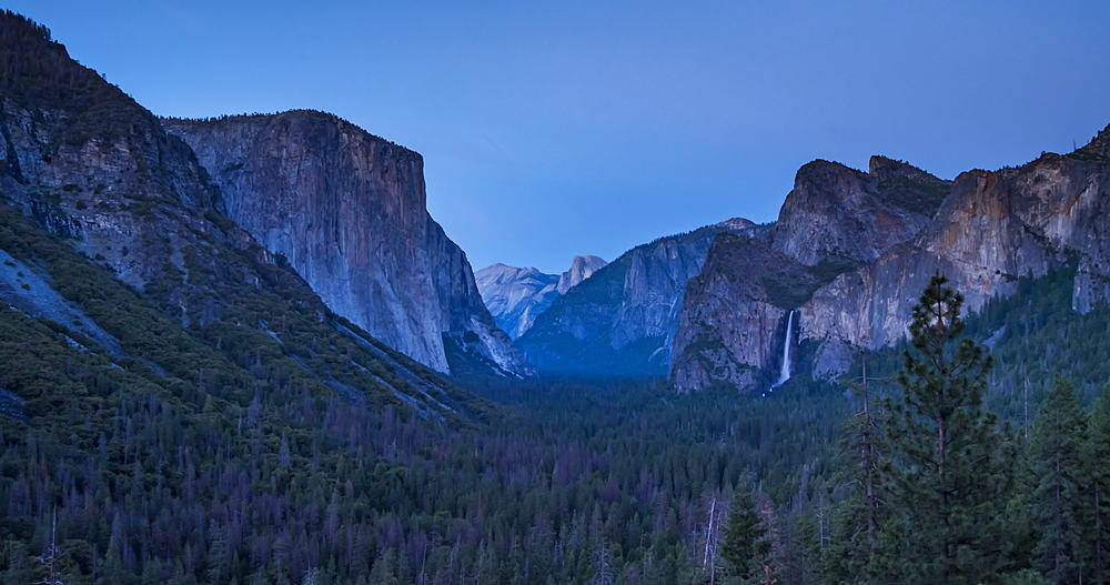 Time lapse from Tunnel View of El Capitan and Yosemite Valley, Yosemite National Park, California, USA, North America - 844-18062