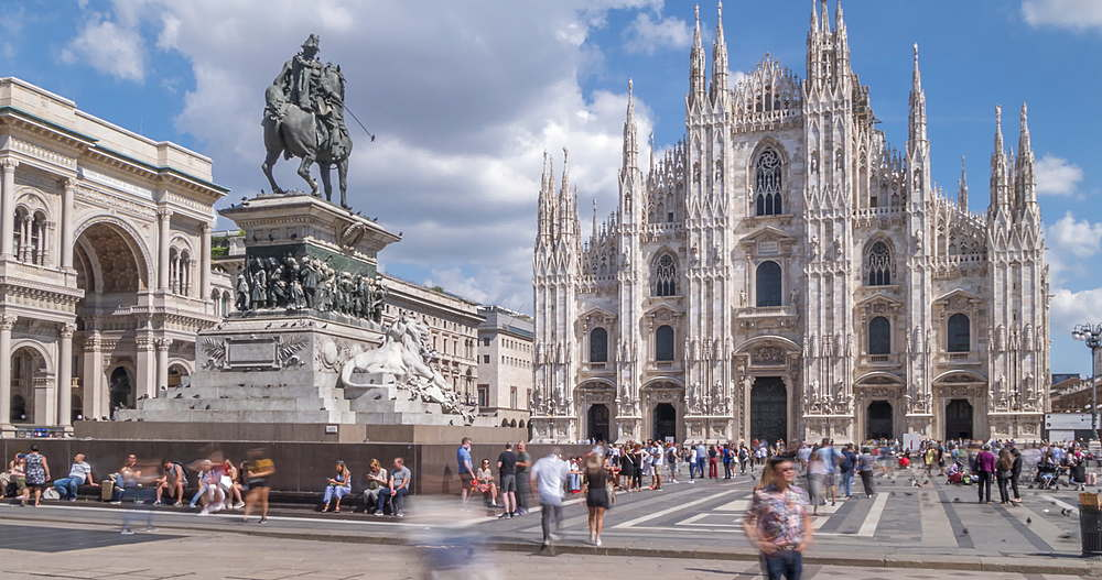 Time lapse of people and Duomo in Piazza del Duomo, Milan, Lombardy, Italy, Europe - 844-18075