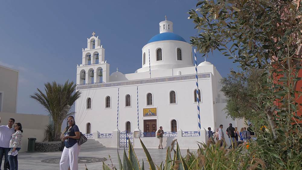 View of Ekklisia Panagia Platsani Church in Oia, Santorini, Cyclades, Greek Islands, Greece, Europe
