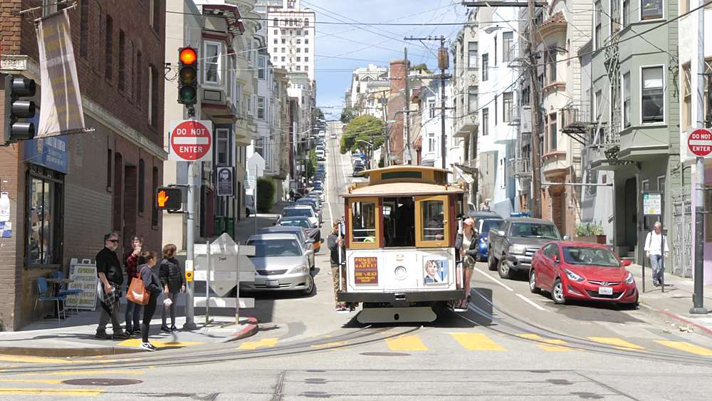 View of cable car on Powell and Jackson Street, San Francisco, California, United States of America, North America - 844-18488