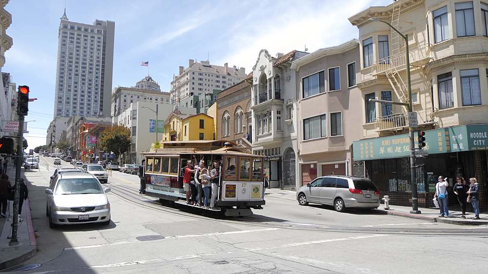 View of cable car on Powell and Jackson Street, San Francisco, California, United States of America, North America - 844-18490