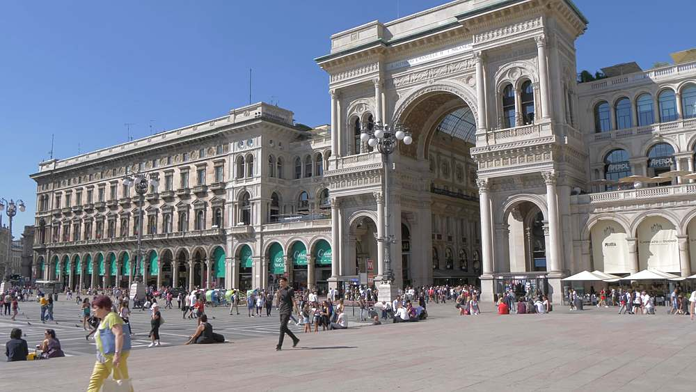 Tracking shot of people and Galleria Vittorio Emanuele II in Piazza del Duomo, Milan, Lombardy, Italy, Europe - 844-18610