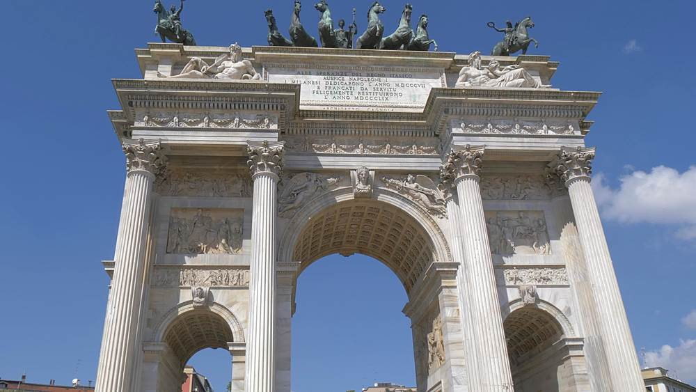 Tracking shot of Arco della Pace, Milan, Lombardy, Italy, Europe - 844-18674