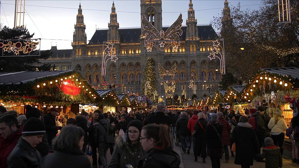 Rathaus and Christmas Market at dusk at Christmas, Vienna, Austria, Europe