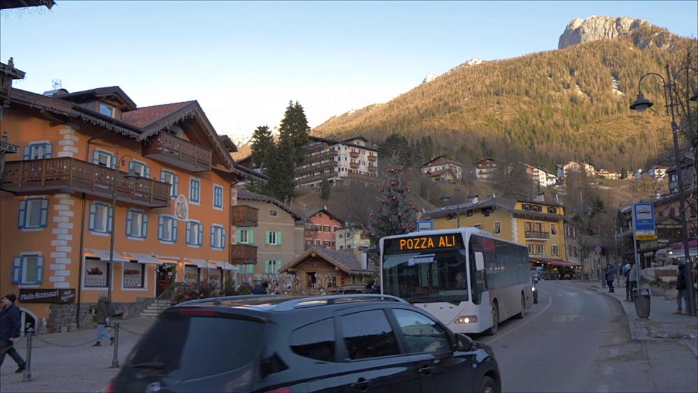 Moena Town Centre at Christmas, Moena, Province of Trento, Italian Dolomites, Italy, Europe