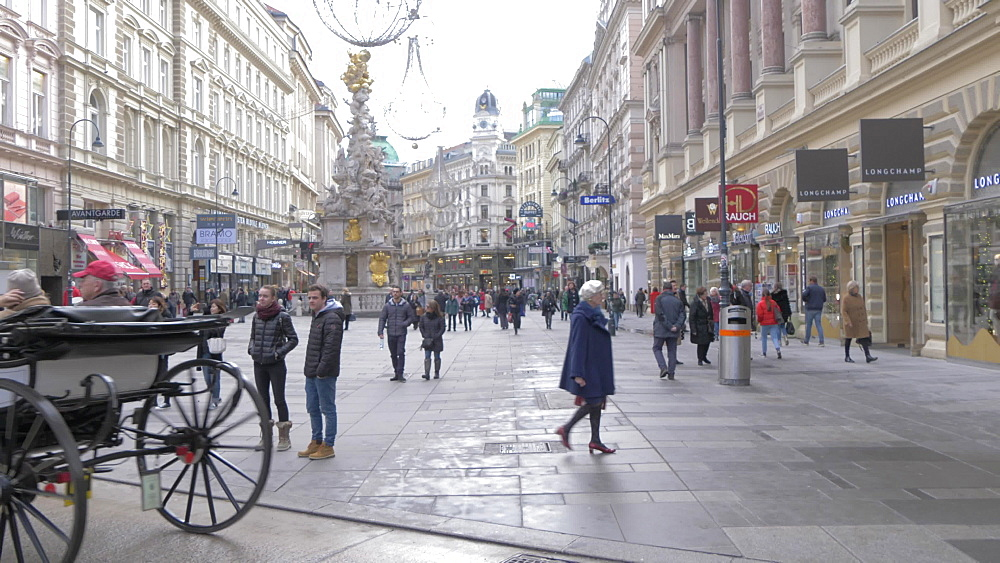 Traditional horse and carriage leading into Graben, Vienna, Austria, Europe