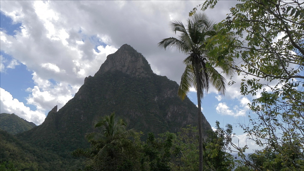 The Pitons, UNESCO World Heritage Site, St. Lucia, Windward Islands, West Indies Caribbean, Central America