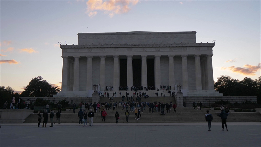 Pan shot of Lincoln Memorial at sunset, Washington DC, District of Columbia, USA, North America