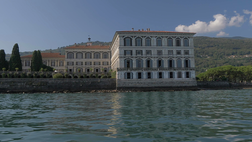 Onboard boat shot passing Isola Bella, Lake Maggiore, Piedmont, Italian Lakes, Italy, Europe