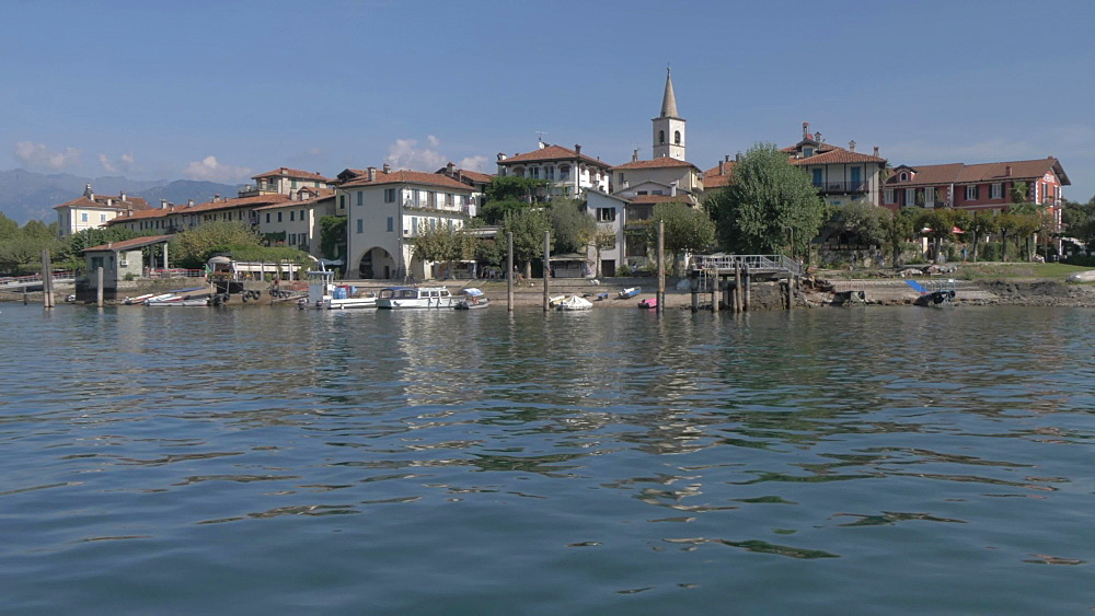 Onboard boat shot towards Isola dei Pescatori, Lake Maggiore, Piedmont, Italian Lakes, Italy, Europe