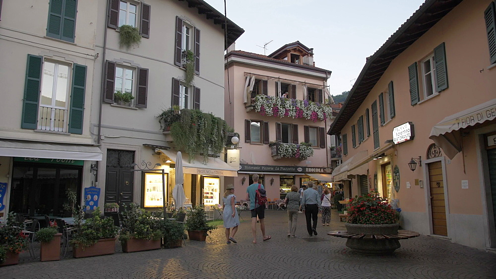Piazza Cadorna in Stresa town at dusk, Stresa, Lake Maggiore, Piedmont, Italian Lakes, Italy, Europe